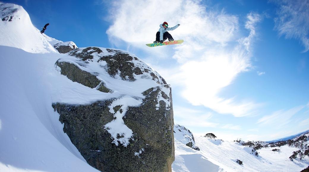 Perisher Ski Resort featuring snow and snowboarding