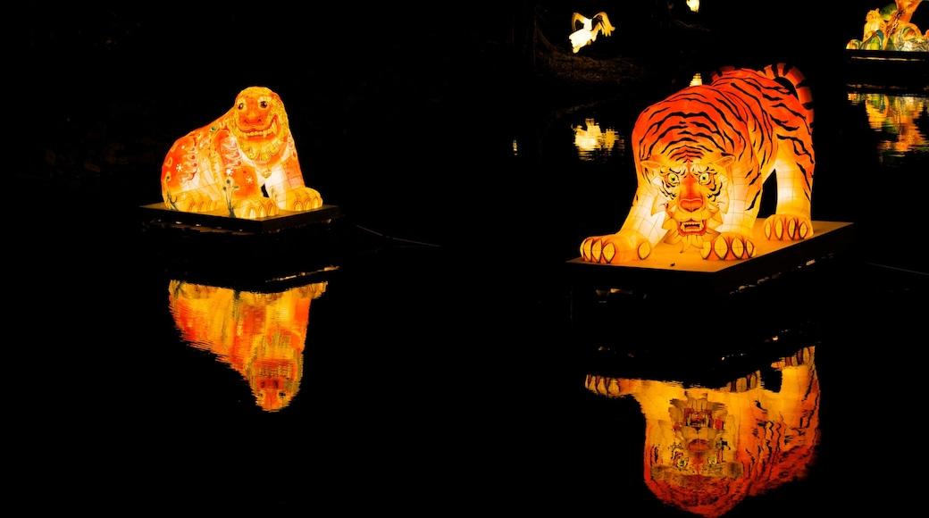 月精寺 其中包括 藝術, 宗教方面 和 內部景觀