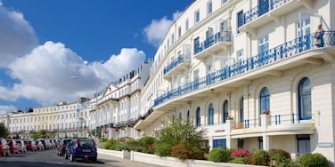 Scarborough which includes a luxury hotel or resort and a coastal town