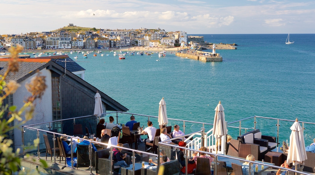 St Ives featuring boating, outdoor eating and a coastal town