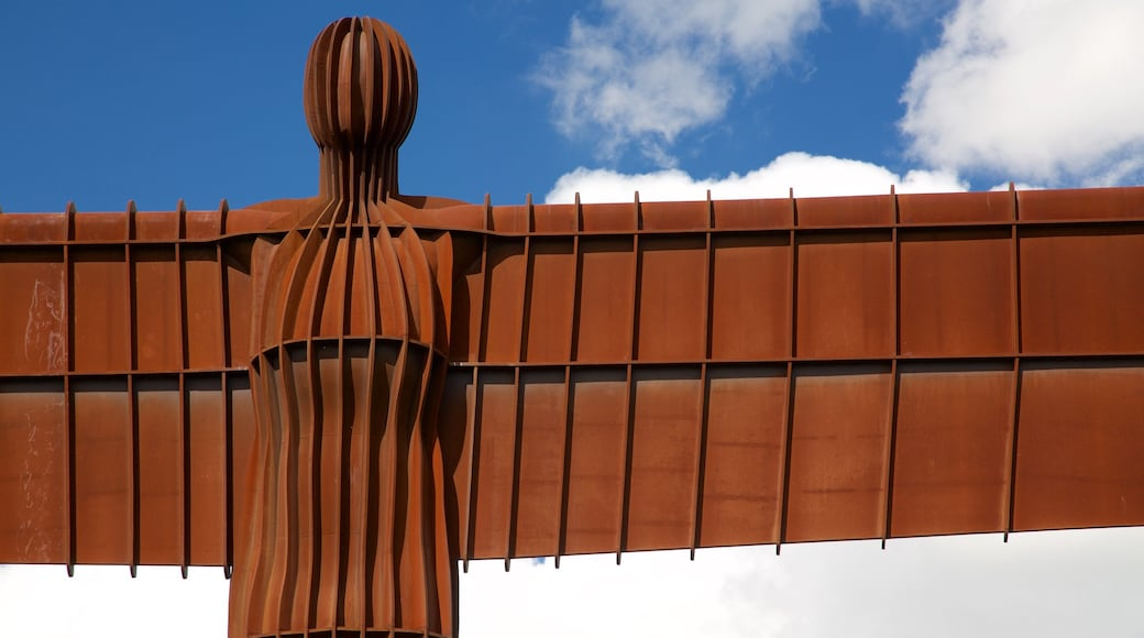 Angel of the North featuring outdoor art and a monument