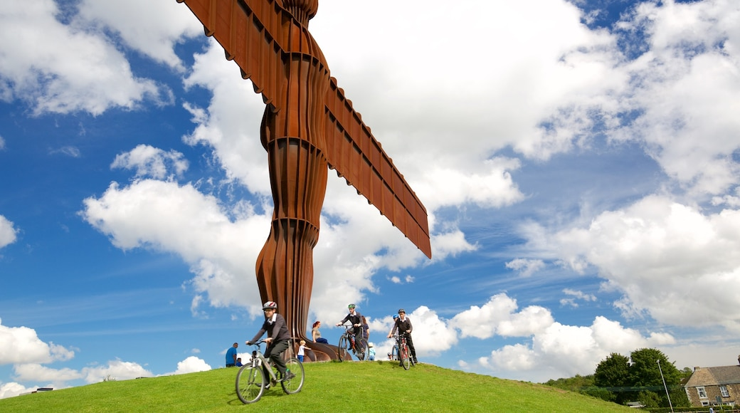Angel of the North showing cycling, a monument and outdoor art