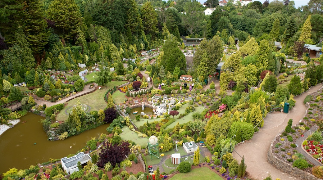Babbacombe Model Village and Gardens which includes a garden
