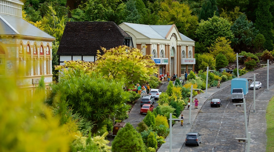 Babbacombe Model Village and Gardens which includes a park, a small town or village and outdoor art