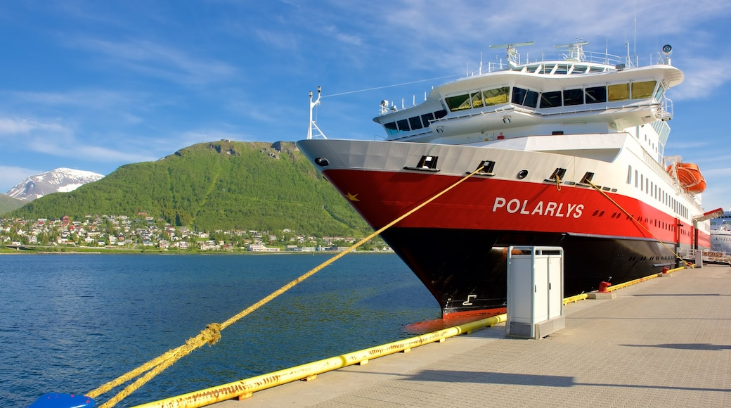 Tromsø joka esittää veneily