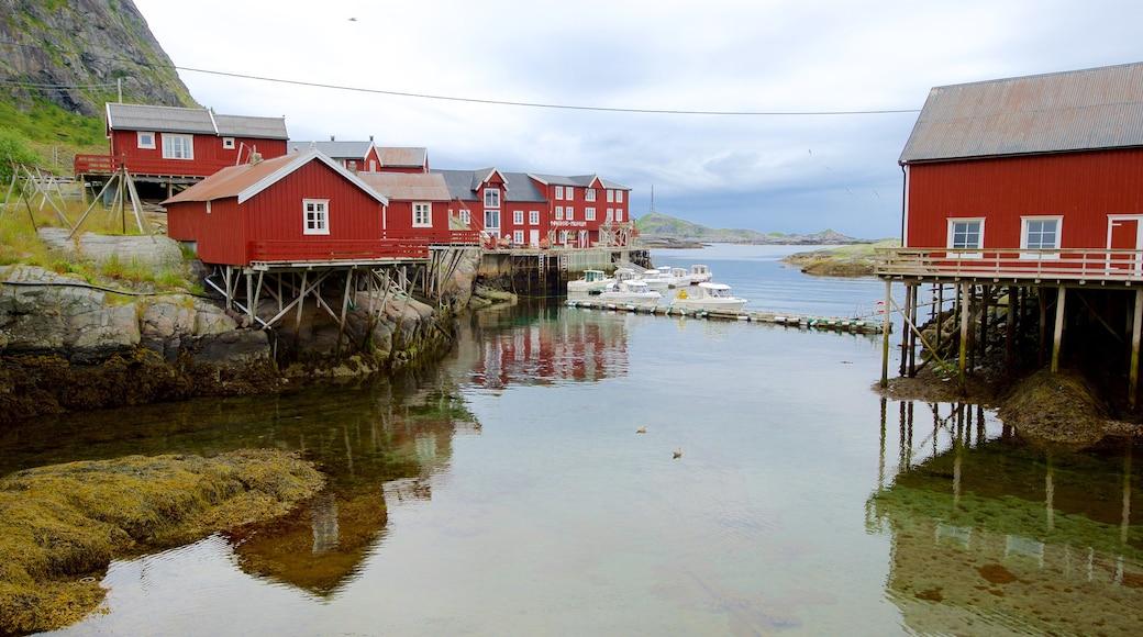 Museo Stockfish ofreciendo paseos en lancha
