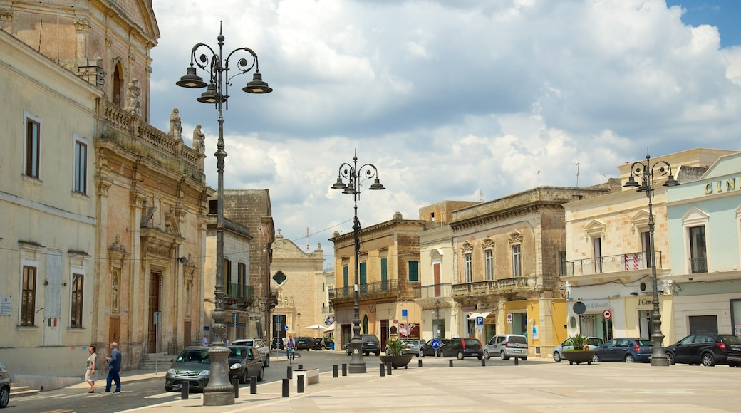Manduria welches beinhaltet historische Architektur und Platz oder Plaza