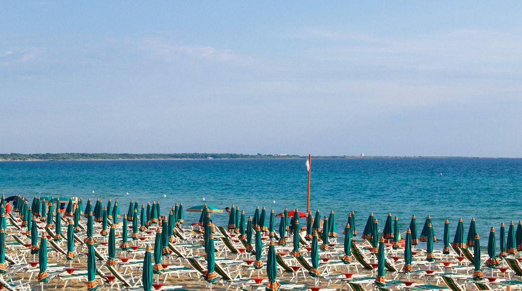 Baia Verde Beach mit einem allgemeine Küstenansicht