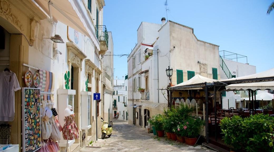 Lecce featuring street scenes
