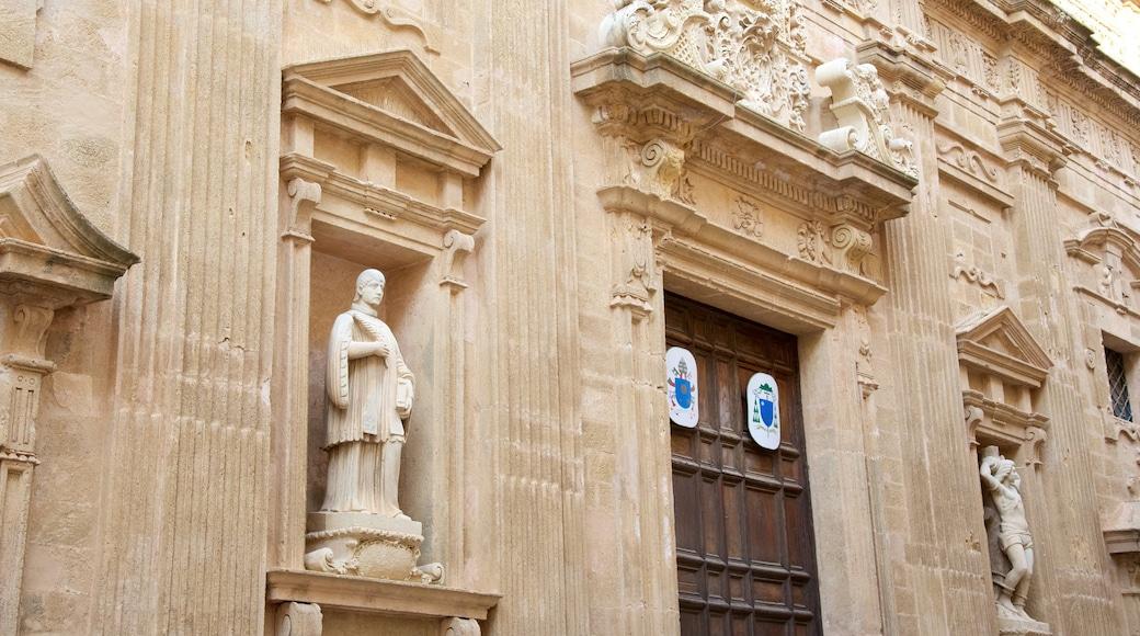 Lecce featuring heritage architecture