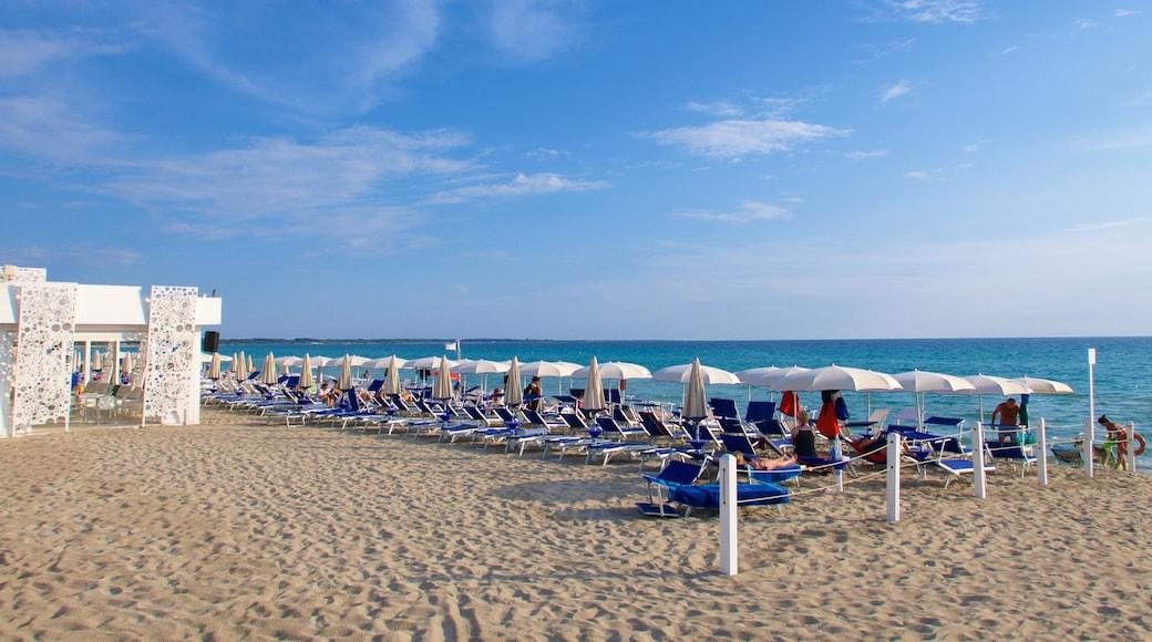 Baia Verde Beach welches beinhaltet allgemeine Küstenansicht und Sandstrand