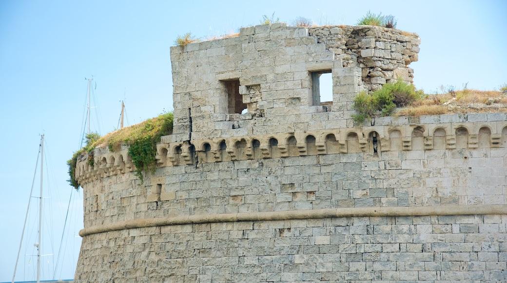 Schloss Gallipoli mit einem Burg, historische Architektur und allgemeine Küstenansicht