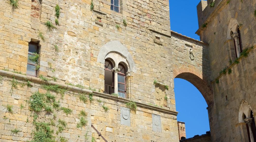 Piazza dei Priori mit einem Geschichtliches