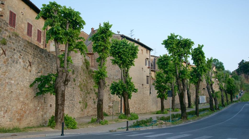 San Gimignano mit einem Kleinstadt oder Dorf