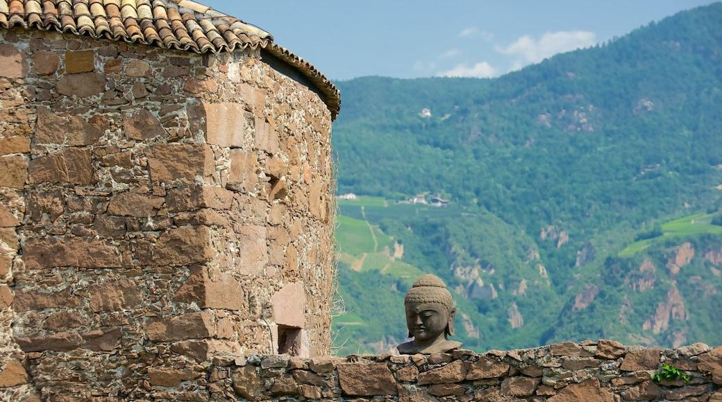 Messner Mountain Museum Firmian mit einem historische Architektur und Palast oder Schloss