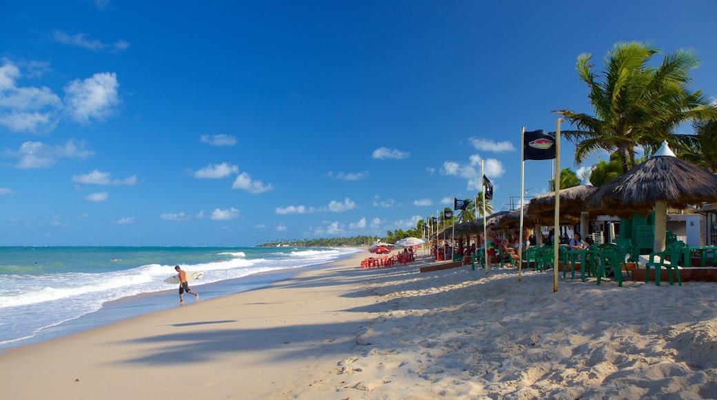 Playa de Maracaipe ofreciendo vista general a la costa y una playa