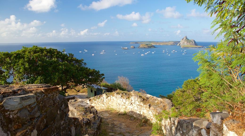 Remedios Fort das einen allgemeine Küstenansicht, Inselbilder und Gebäuderuinen
