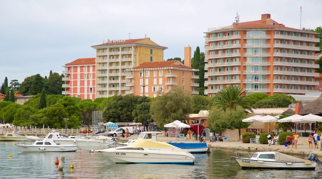 Portoroz Beach showing a hotel, a marina and boating