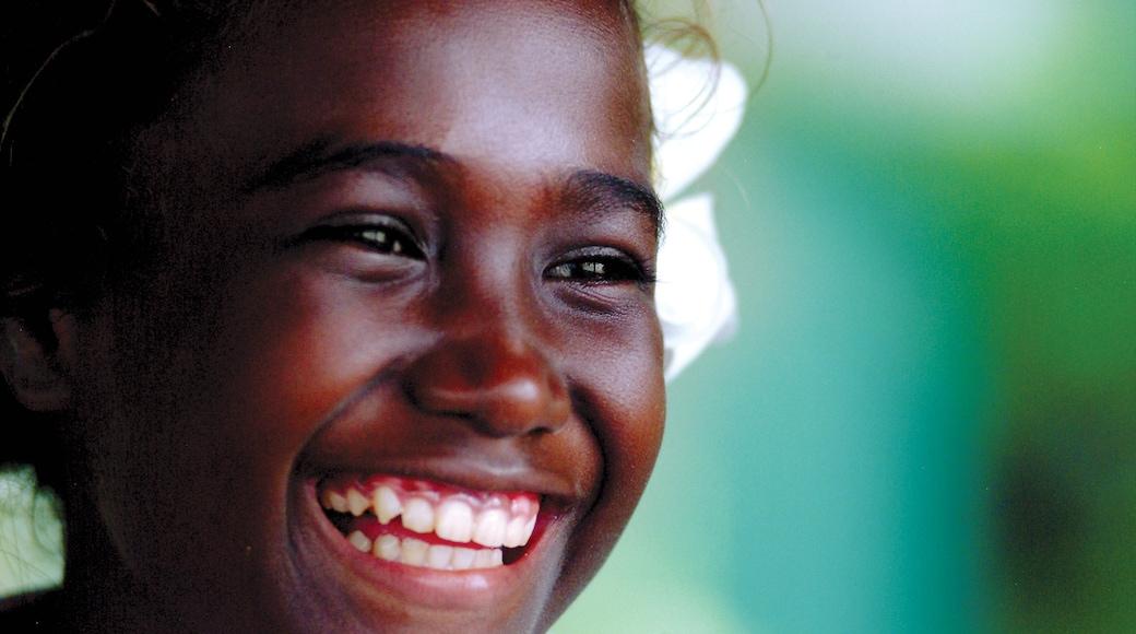 Honiara sowie einzelnes Kind
