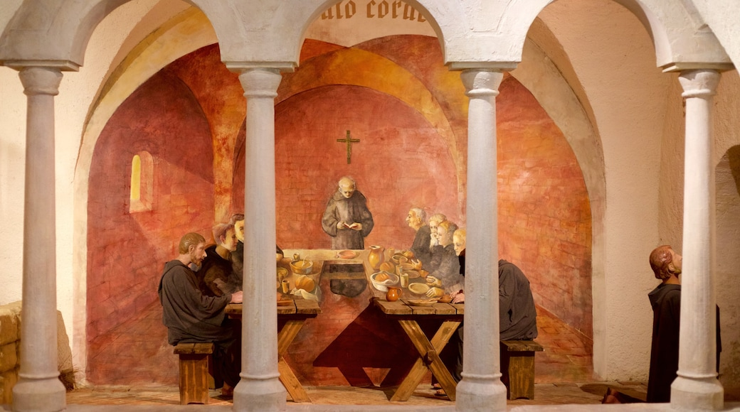 Tihany Abbey bevat religieuze aspecten, interieur en een kerk of kathedraal