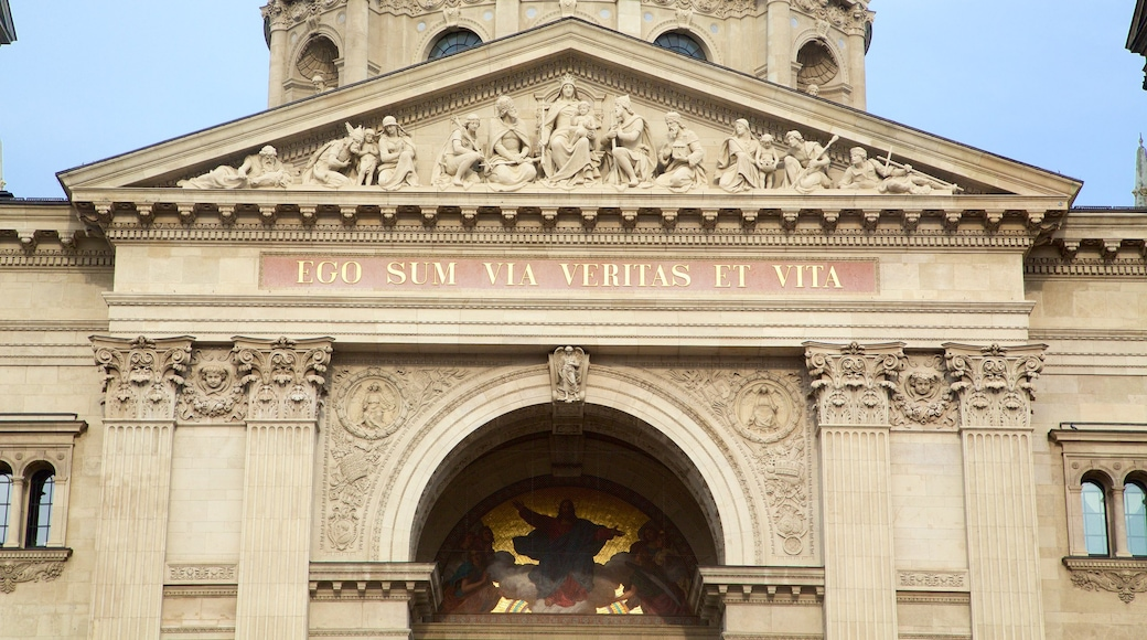 St. Stephen\'s Basilica which includes a church or cathedral, signage and heritage architecture