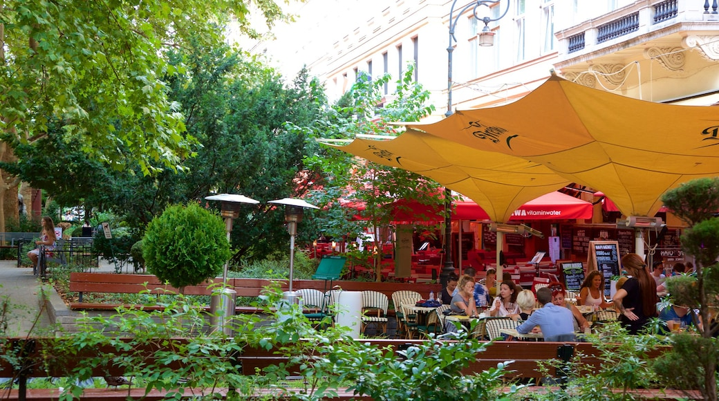 Ferenc Liszt Square which includes a garden, outdoor eating and café lifestyle