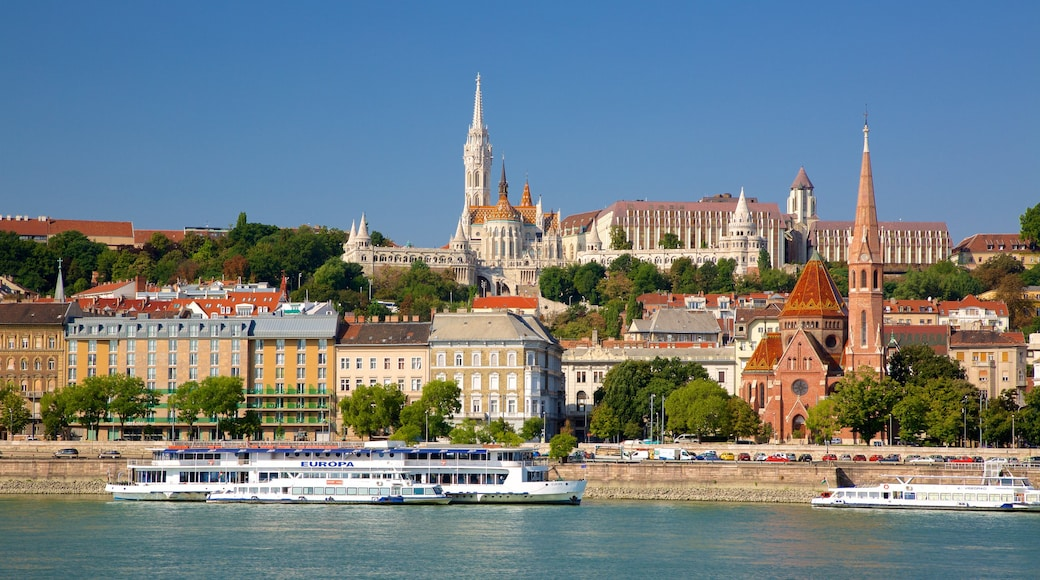 Fisherman\'s Bastion showing heritage architecture, a city and a river or creek