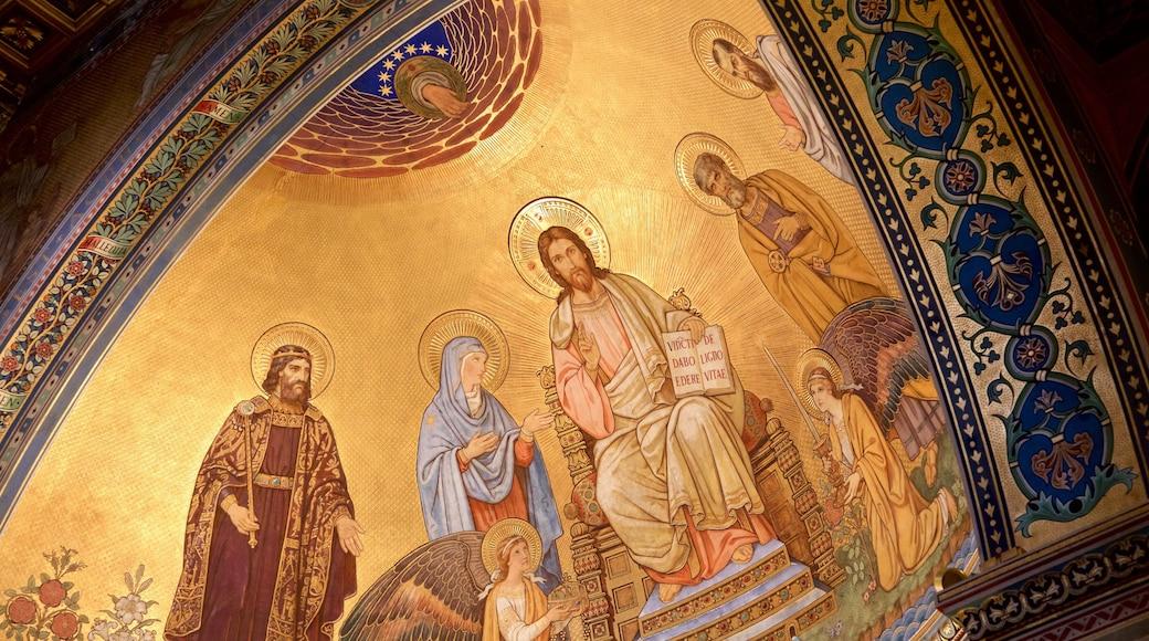 Pecs Cathedral das einen Kirche oder Kathedrale, Innenansichten und religiöse Elemente
