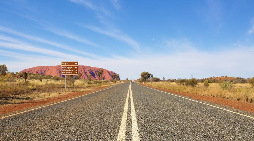 Uluru-Kata Tjuta National Park which includes landscape views, desert views and street scenes