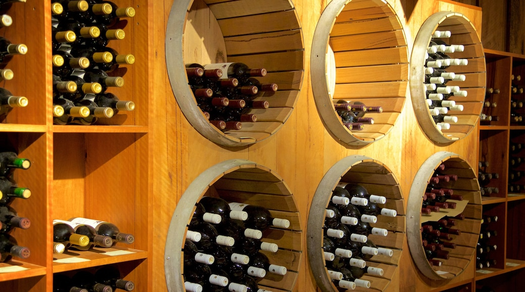 Vasse Felix Winery which includes drinks or beverages and interior views