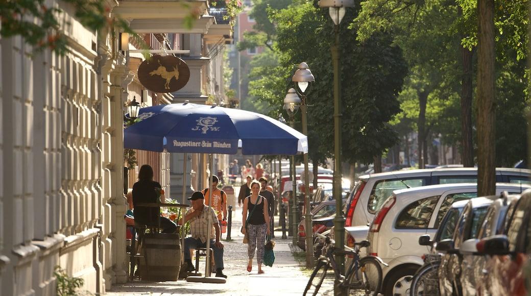 Charlottenburg mit einem Essen im Freien und Straßenszenen