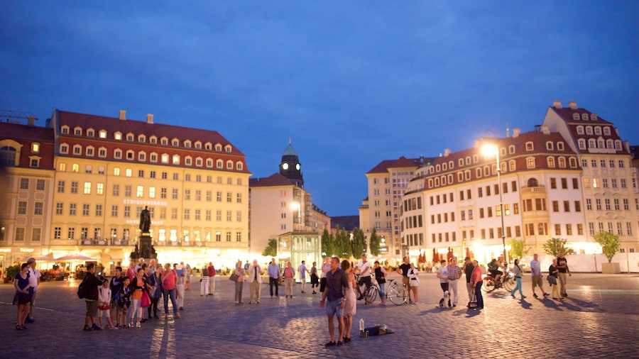 Dresden featuring a square or plaza