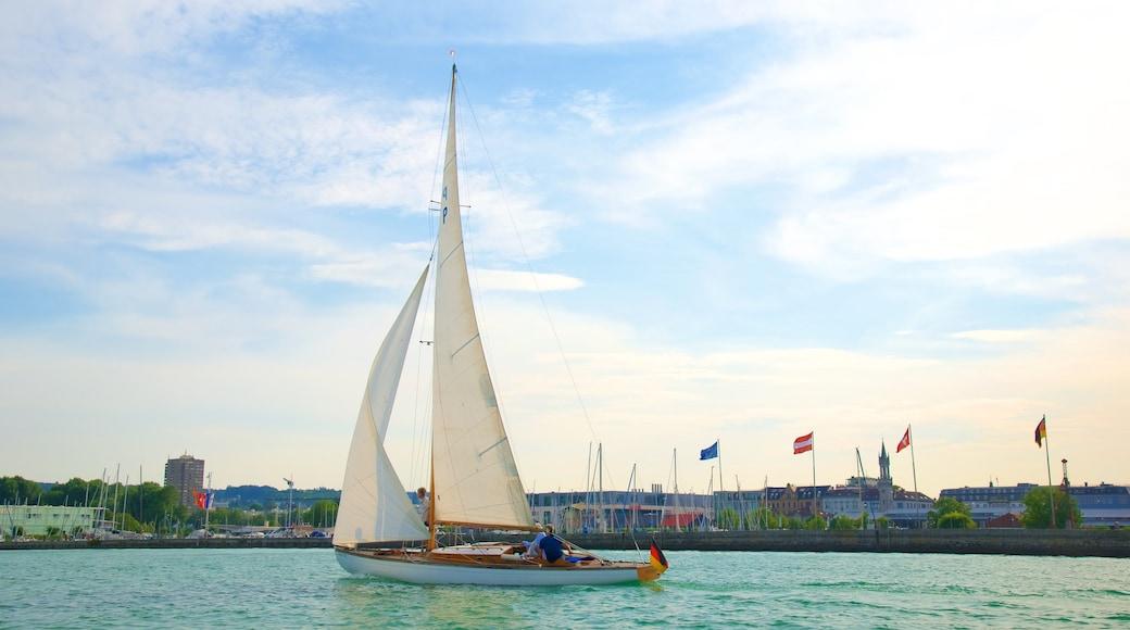 Hafen von Konstanz welches beinhaltet Segeln