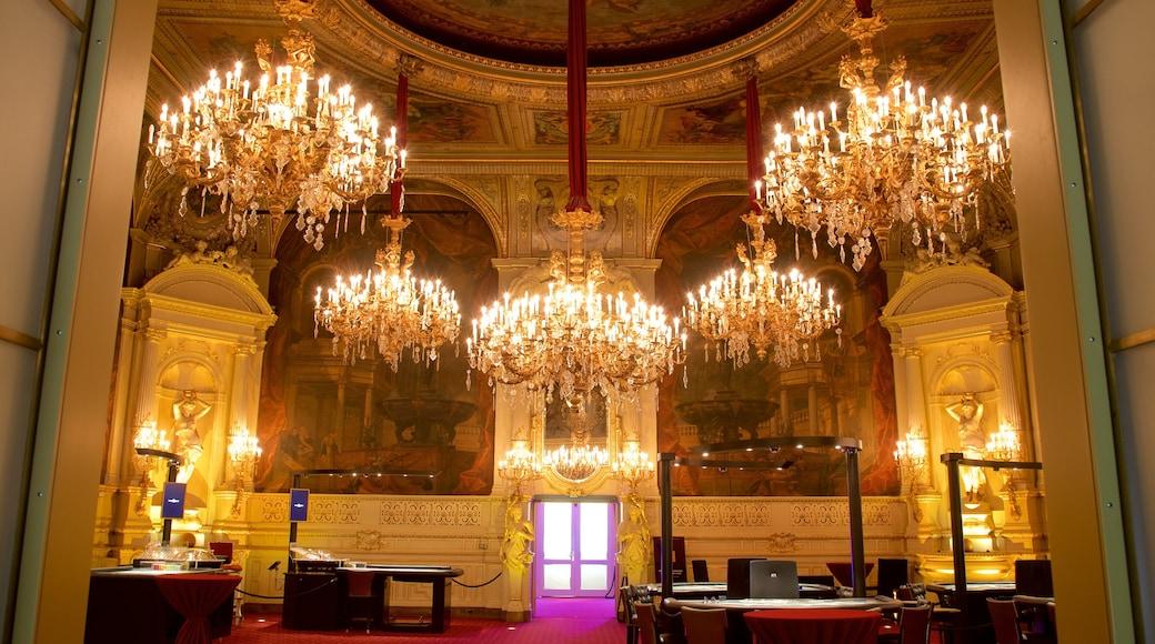 Casino de Baden-Baden qui includes château ou palais et vues intérieures