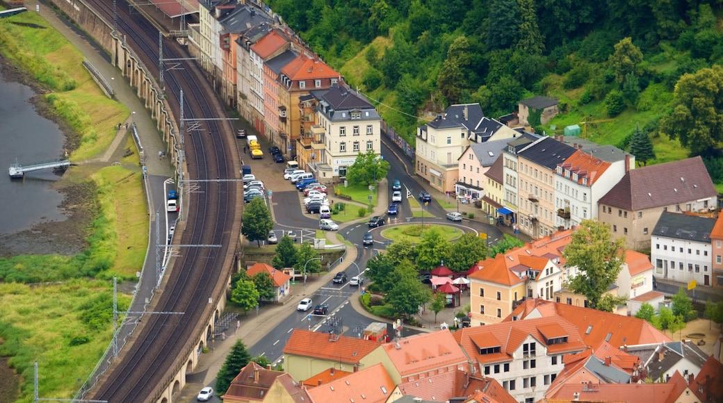 Königstein welches beinhaltet Kleinstadt oder Dorf
