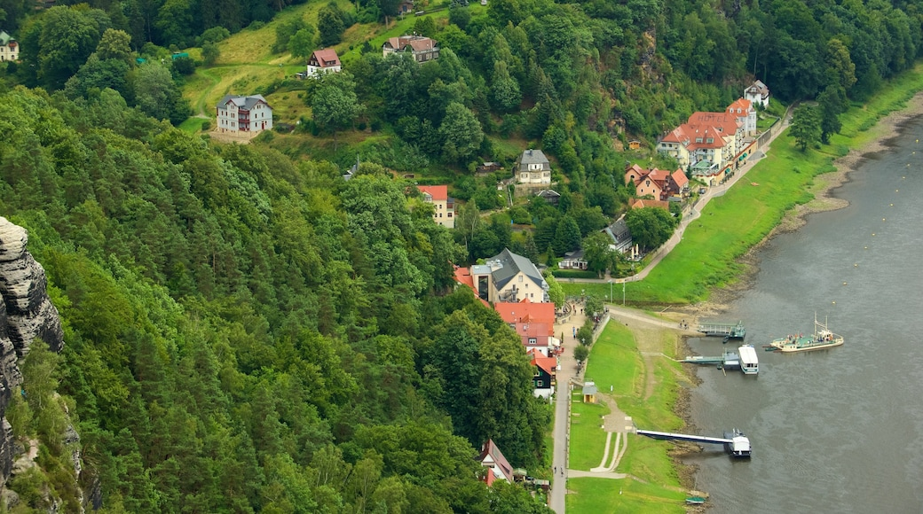 Saxon Switzerland National Park showing a small town or village