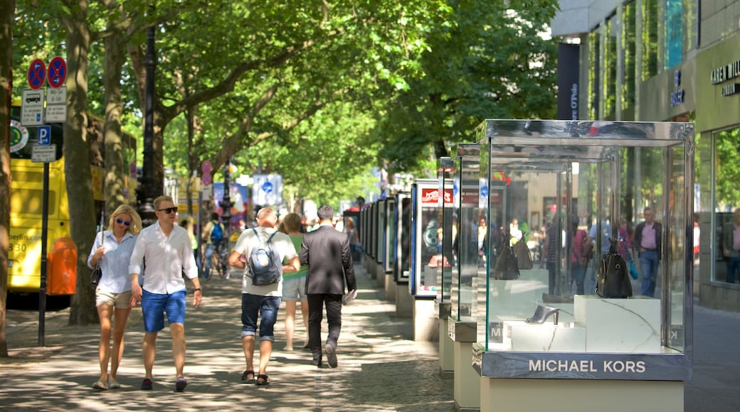Kurfuerstendamm mostrando imágenes de calles