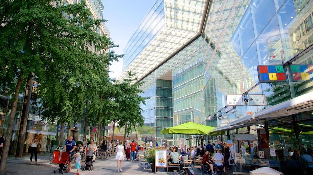 Kurfuerstendamm que incluye imágenes de calles