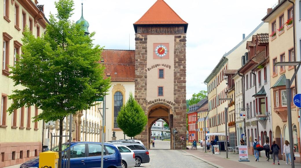 Villingen-Schwenningen welches beinhaltet Straßenszenen