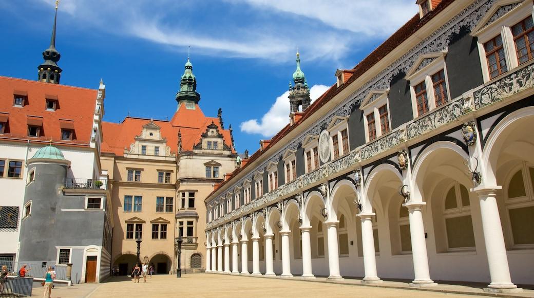 Residenzschloss Dresden das einen Straßenszenen