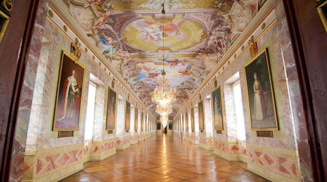 Residenzschloss Ludwigsburg mit einem Burg, Innenansichten und Kunst