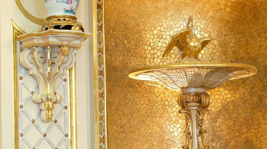 Casino de Baden-Baden montrant vues intérieures et hôtel ou complexe de luxe