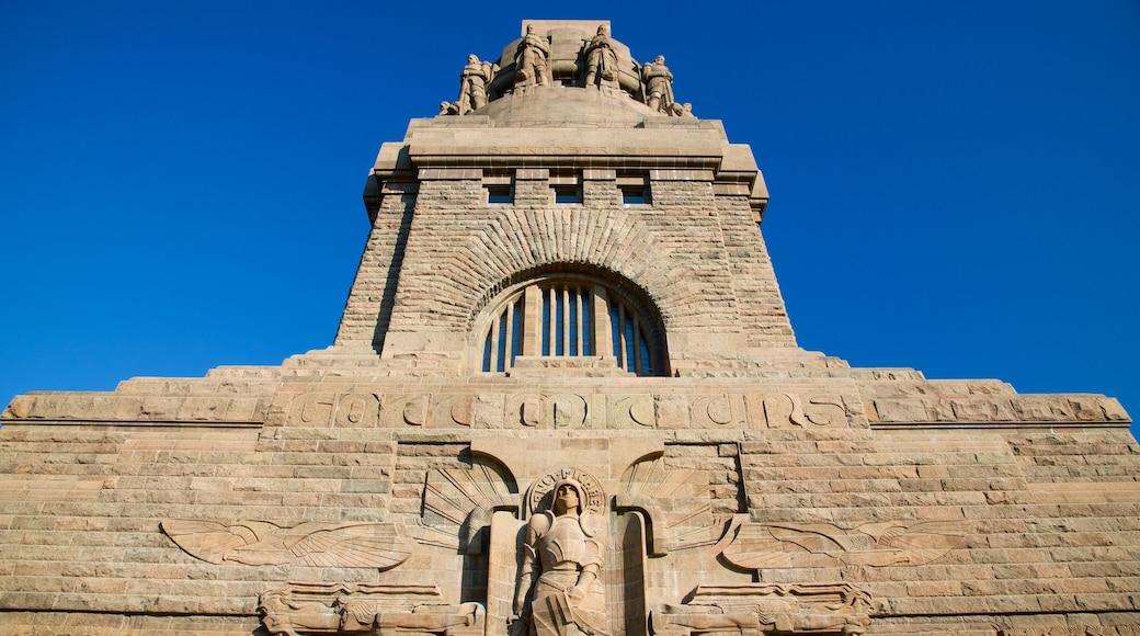 Völkerschlachtdenkmal welches beinhaltet Monument