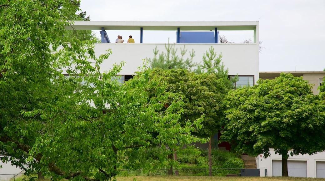 Weissenhof Museum mit einem Straßenszenen