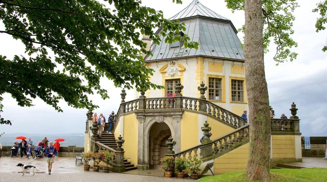 Festung Königstein welches beinhaltet Straßenszenen