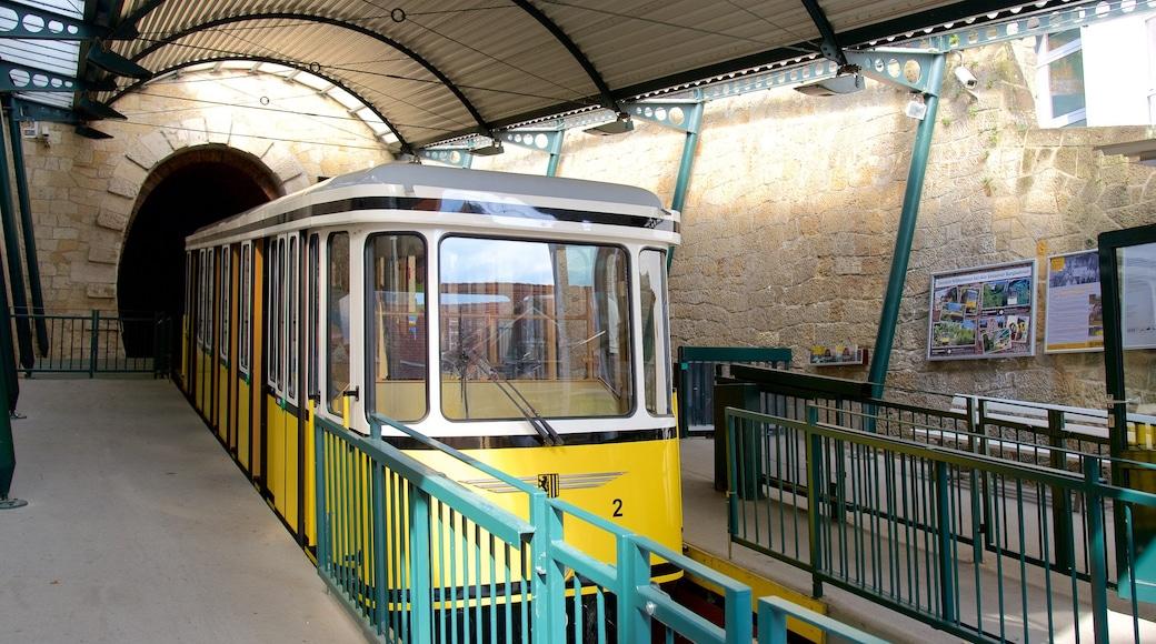 Dresden welches beinhaltet Eisenbahnbetrieb