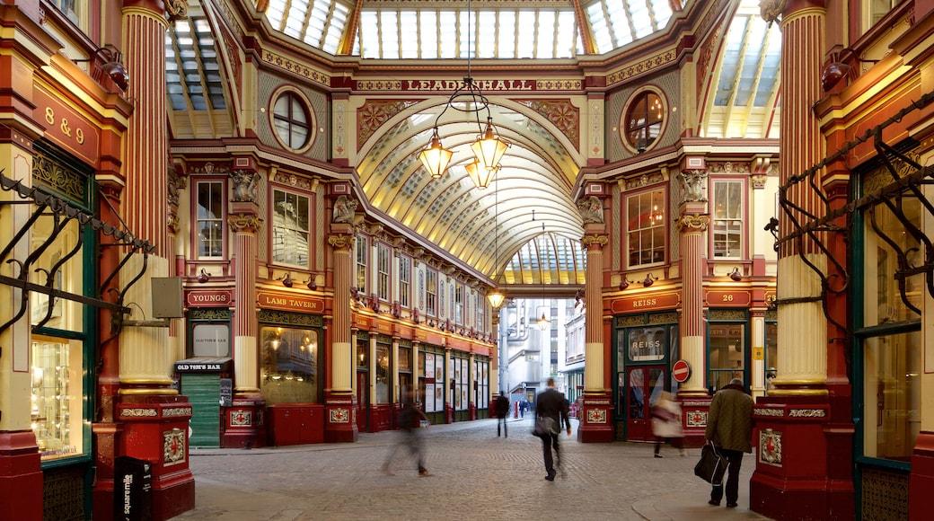 Londres caracterizando arquitetura de patrimônio e vistas internas