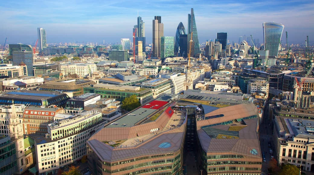 The City of London toont centraal zakendistrict en een stad