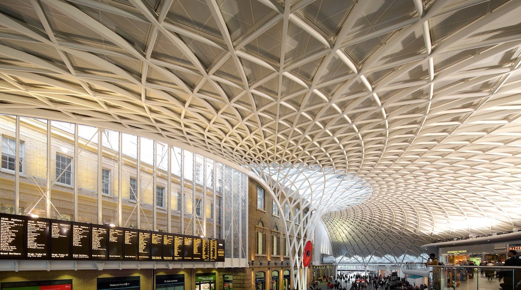 Kings Cross St. Pancras which includes modern architecture, interior views and heritage architecture