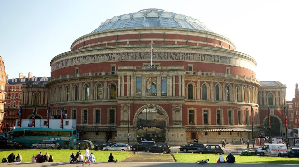 Royal Albert Hall welches beinhaltet Theater, historische Architektur und Straßenszenen